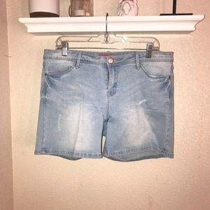 Pants - Denim Shorts